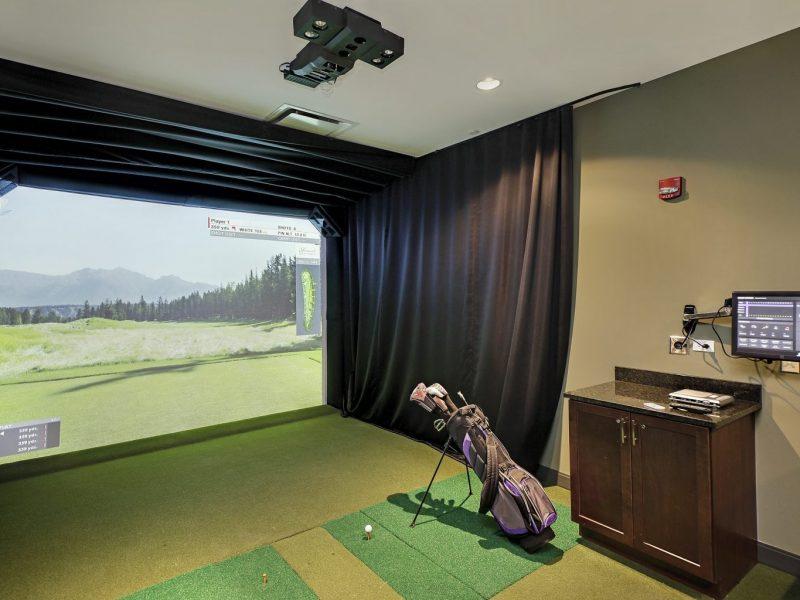 TGM NorthShore Apartments Golf Simulator 2