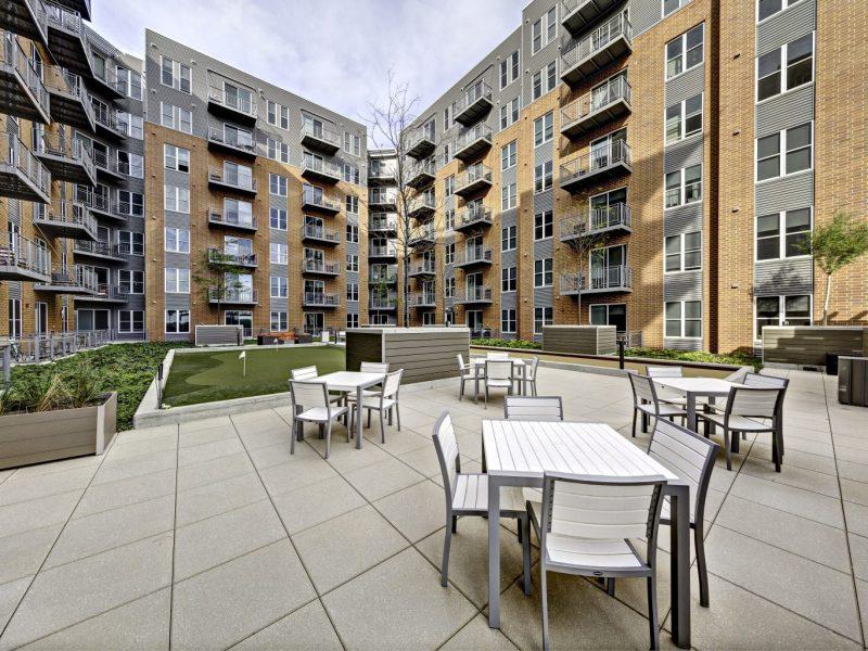 TGM NorthShore Apartments Lounge seating