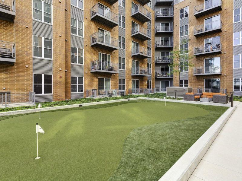 TGM NorthShore Apartments Putting Green