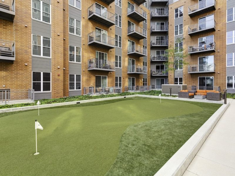 TGM NorthShore Apartments Putting Green